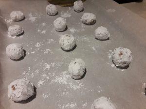gluten free crinkle cookies on sheet